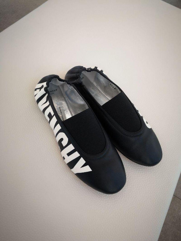 纪梵希女式单鞋