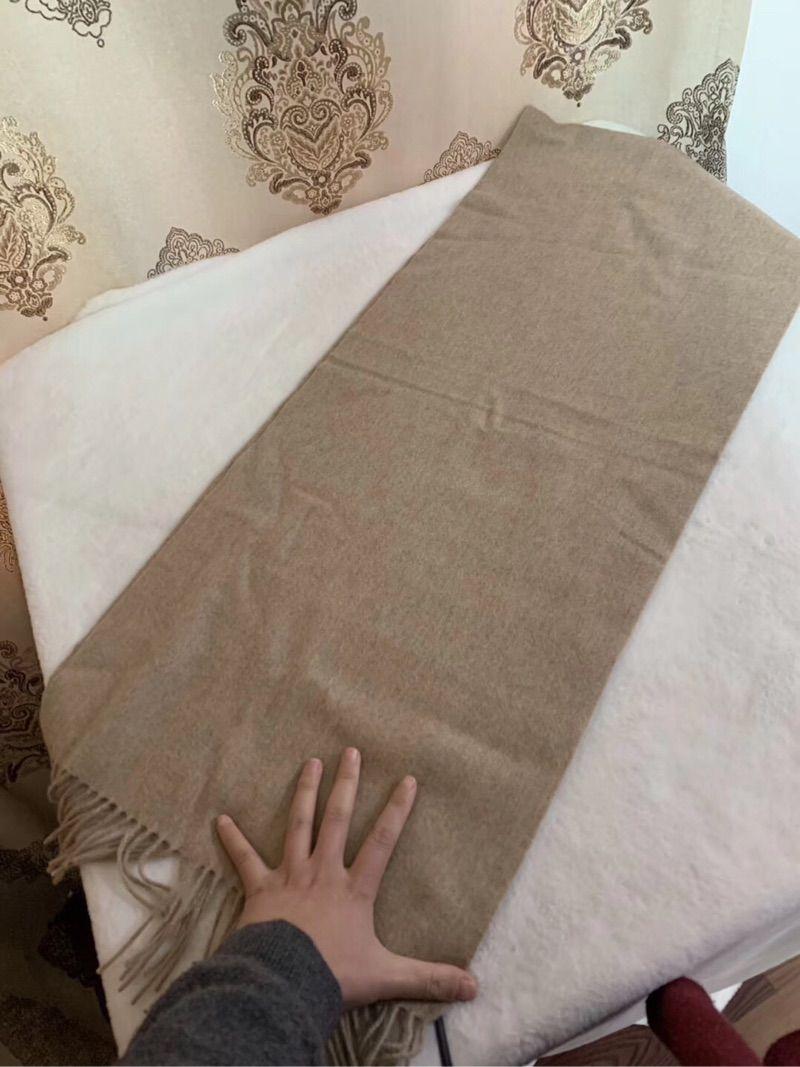 Npeal气质驼色 大号羊绒围巾 很百搭的颜色 40*180cm