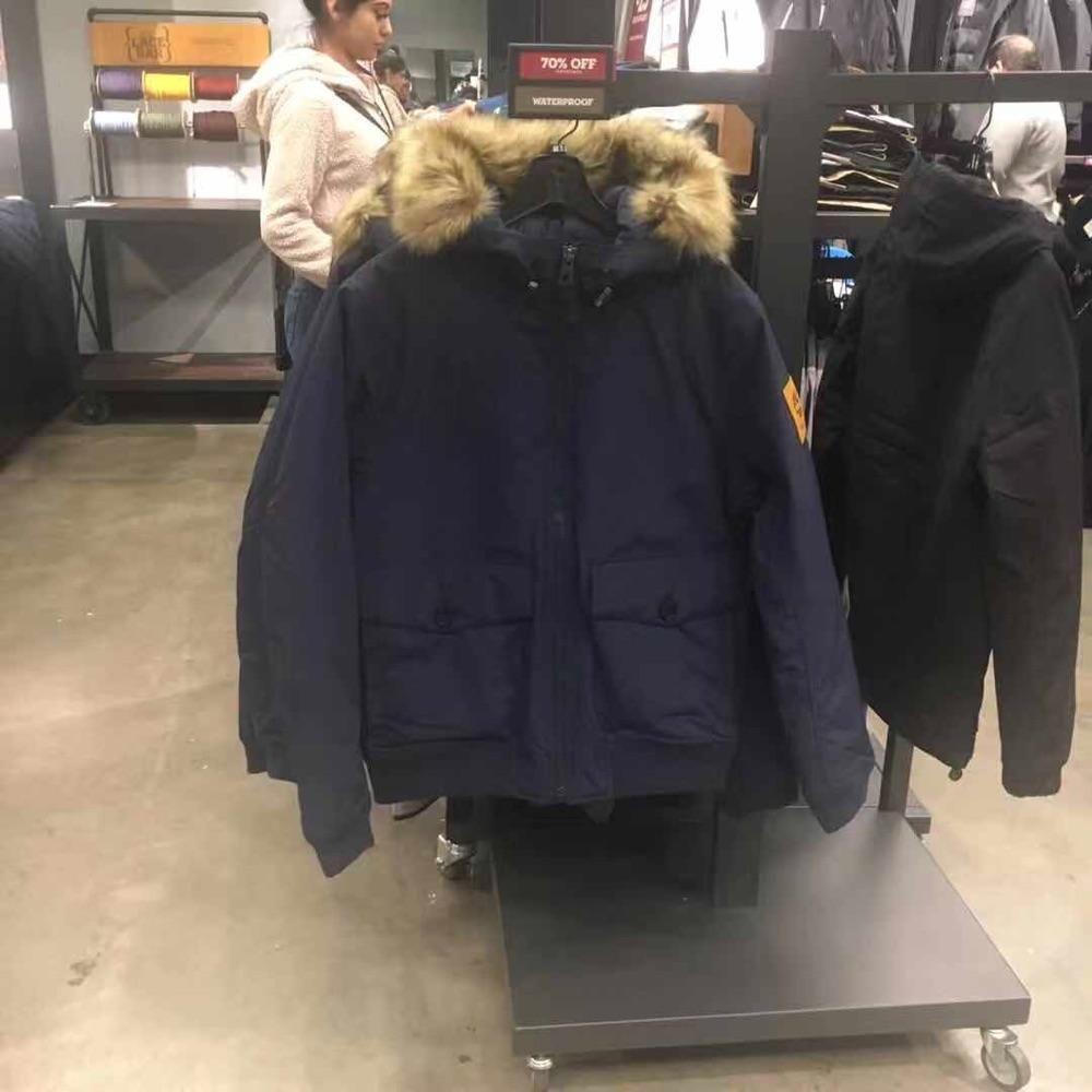 Timberland 添柏岚 添木兰男士冬服毛领可拆卸。藏蓝色