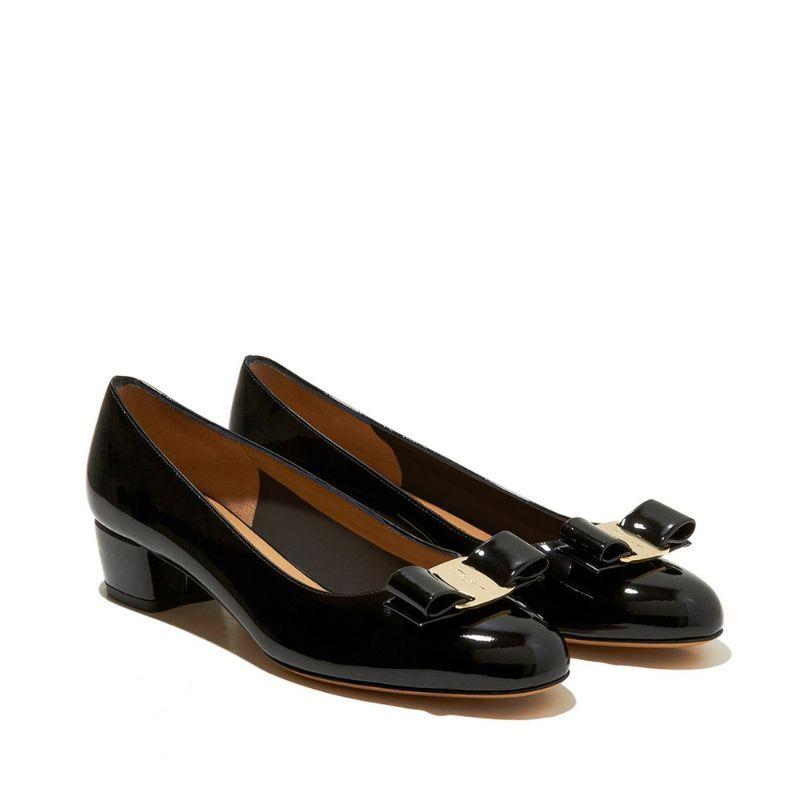 Salvatore Ferragamo 菲拉格慕 黑色漆皮蝴蝶结浅口高跟鞋