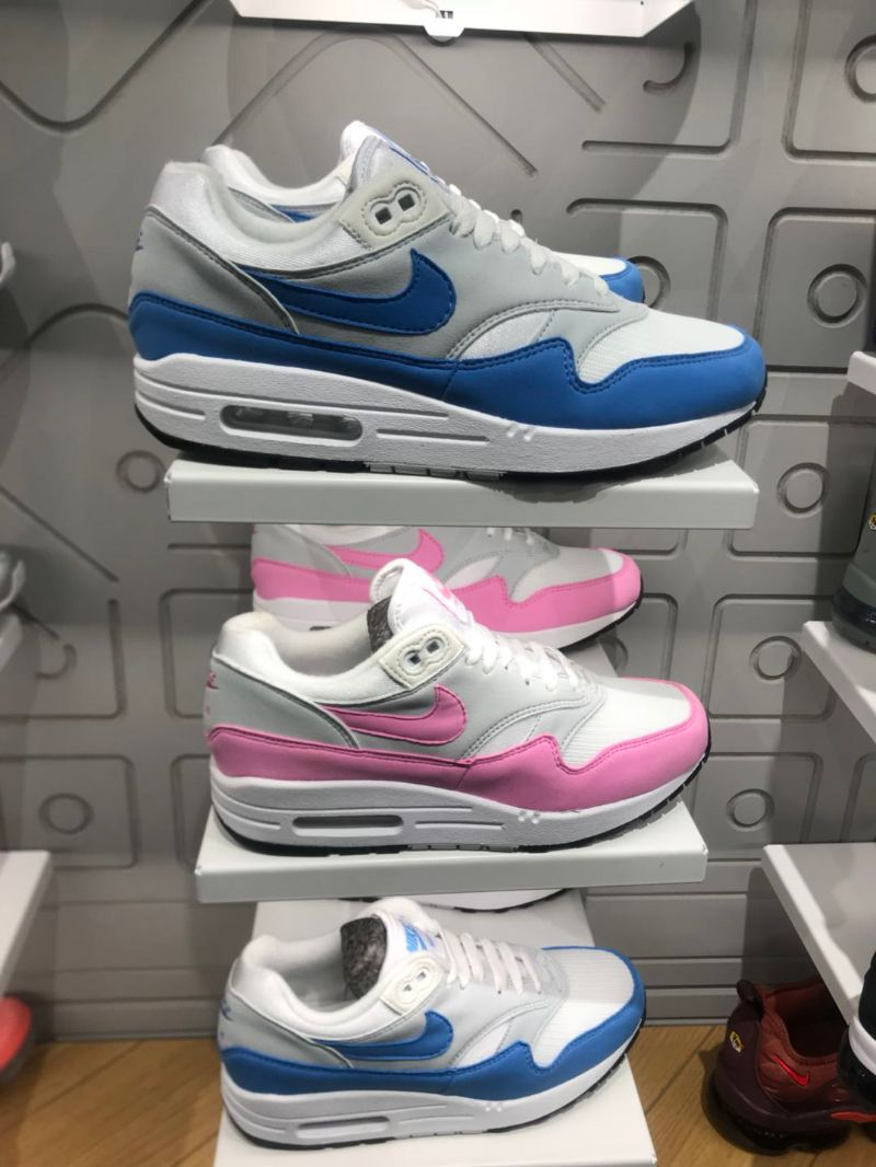 nikeair气垫女鞋子新品 nikeair气垫女鞋子价格 nikeair气垫女鞋