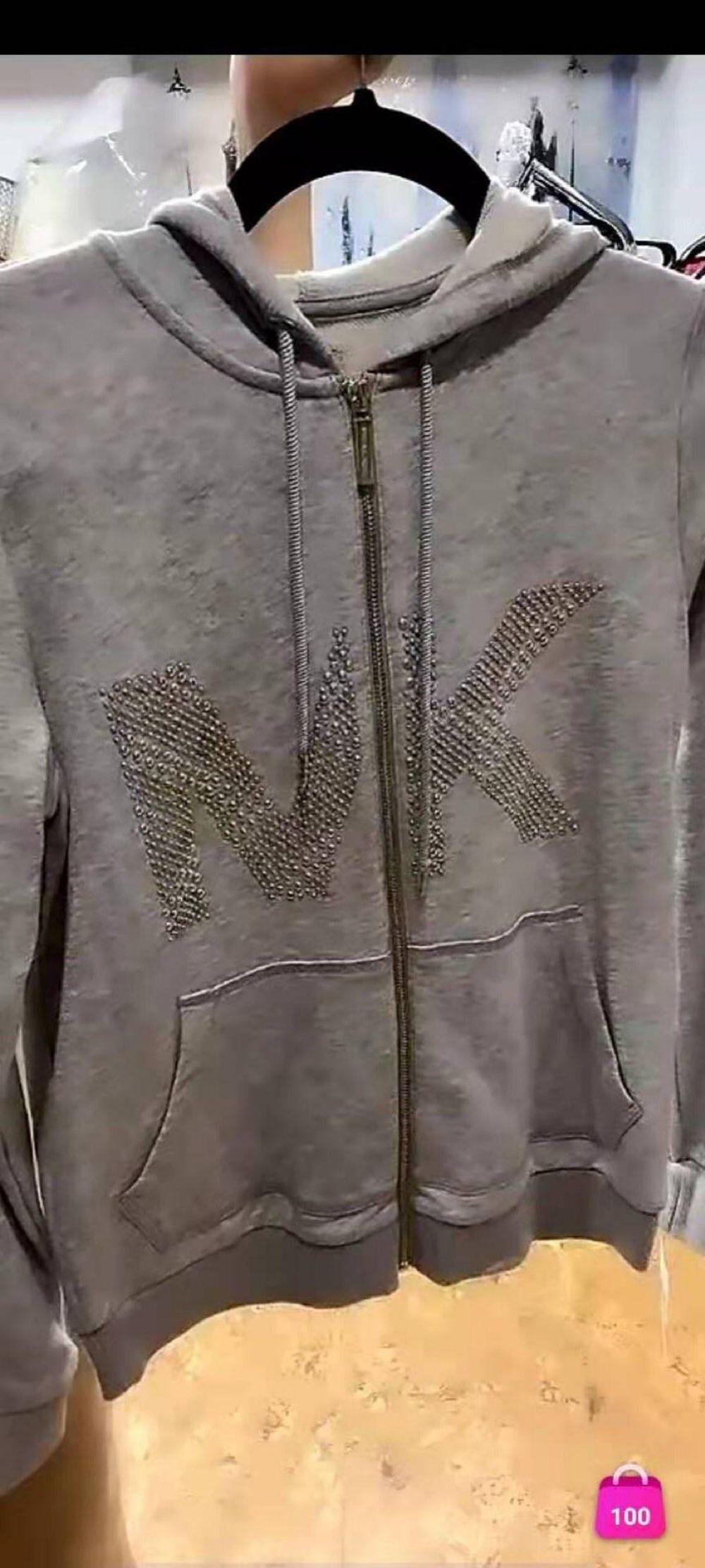 MK 卫衣特价350 xs码胸围98 L码胸围116